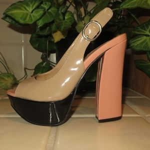 Platform Sandals by CHINESE LAUNDRY - Size 5.5